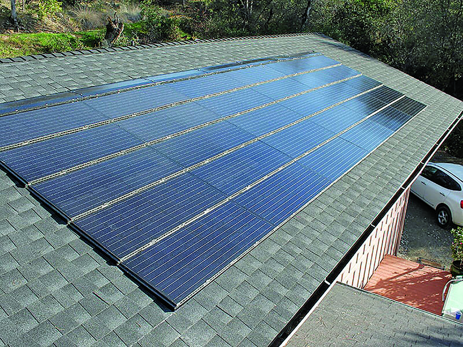 Elon Musk Solar Shingles >> Solar Shingle Business Heats Up