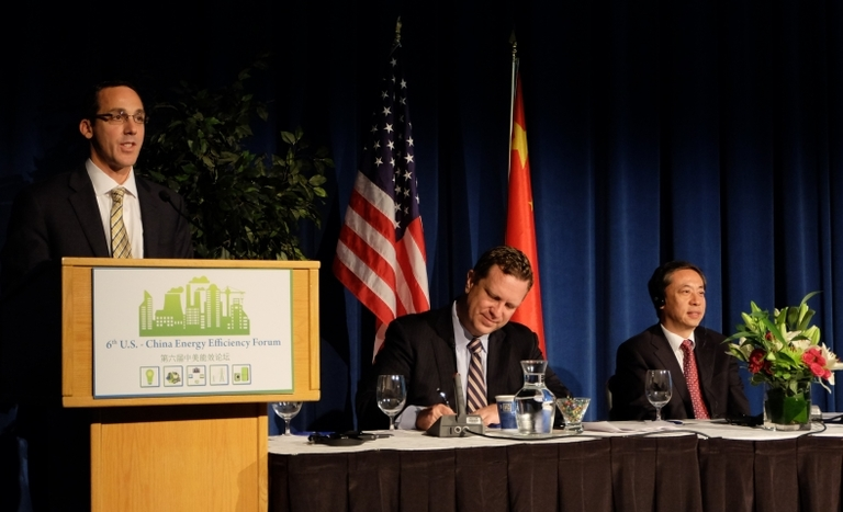 Injection press energy-saving project recognized at event in Washington