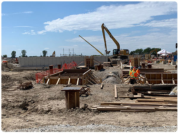 COVID-19 halts Nova projects in Canada