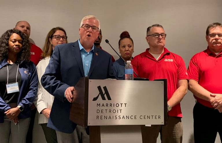 Suppliers feeling impact of UAW-GM strike as talks continue