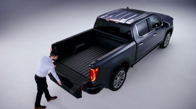 Bumper to Bumper: GMC truck to feature carbon fiber bed