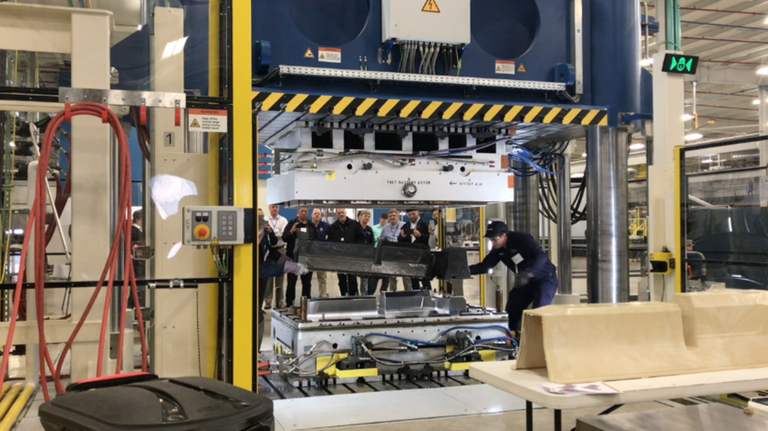 Bumper to Bumper: IACMI aims to help recruit workers for the composites industry