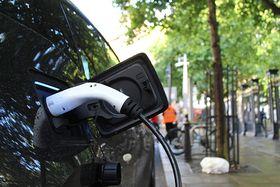 andrew roberts unsplash electric car_i.jpg
