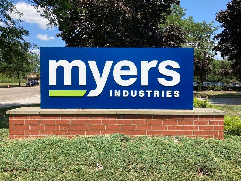 Myers_i.jpg