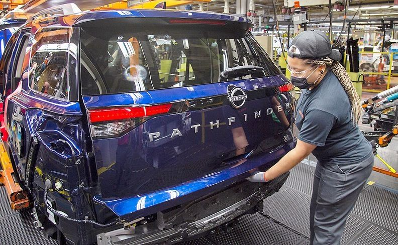 Nissan Pathfinder_i.jpg