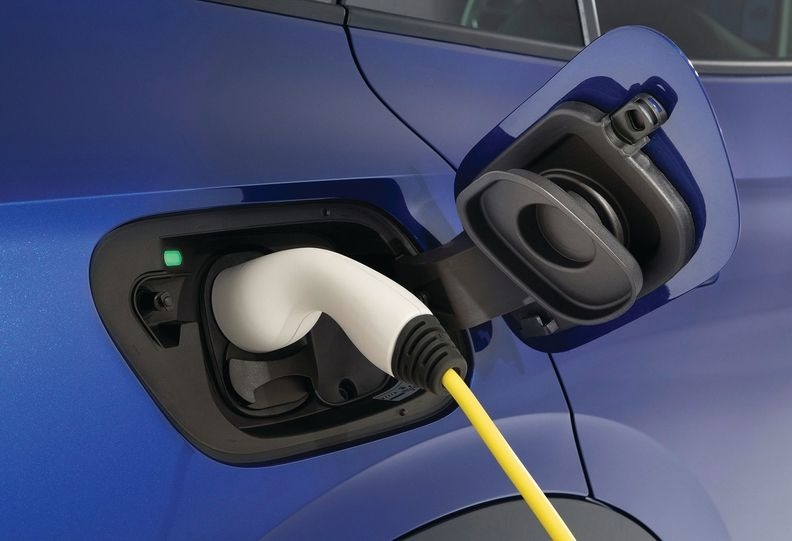 VW Plug in-main_i.jpg