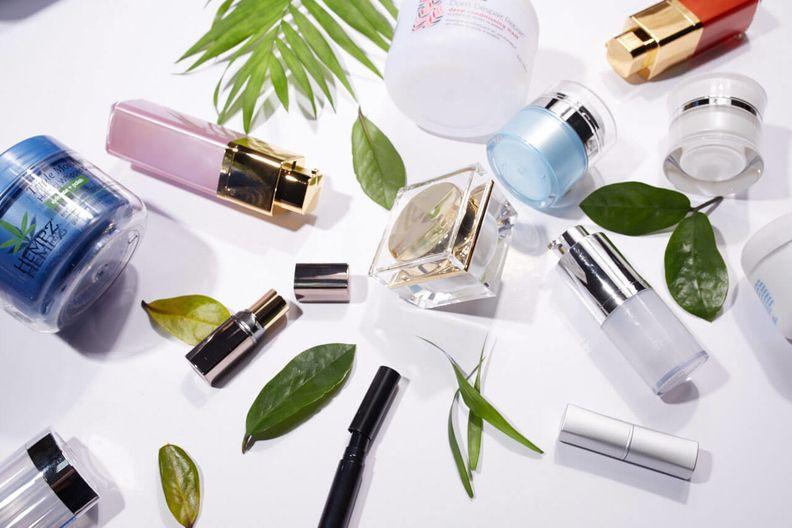 cosmetics-variety-1280-853-1_i.jpg